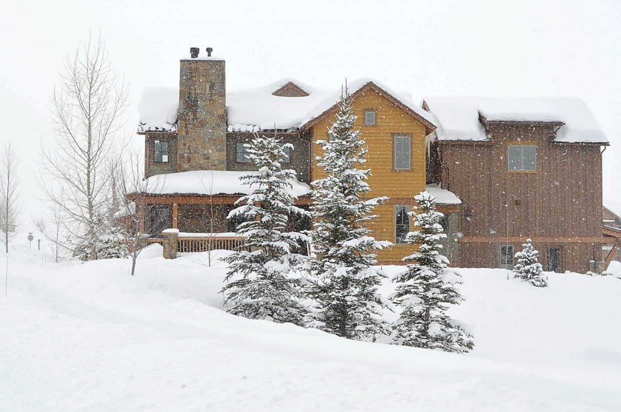 The $2.58 million sale of a duplex home at The Porches of Steamboat this week led a burst of six closings on properties that sold for more than $700,000. It was the first sale of a whole-ownership home at The Porches in a year.