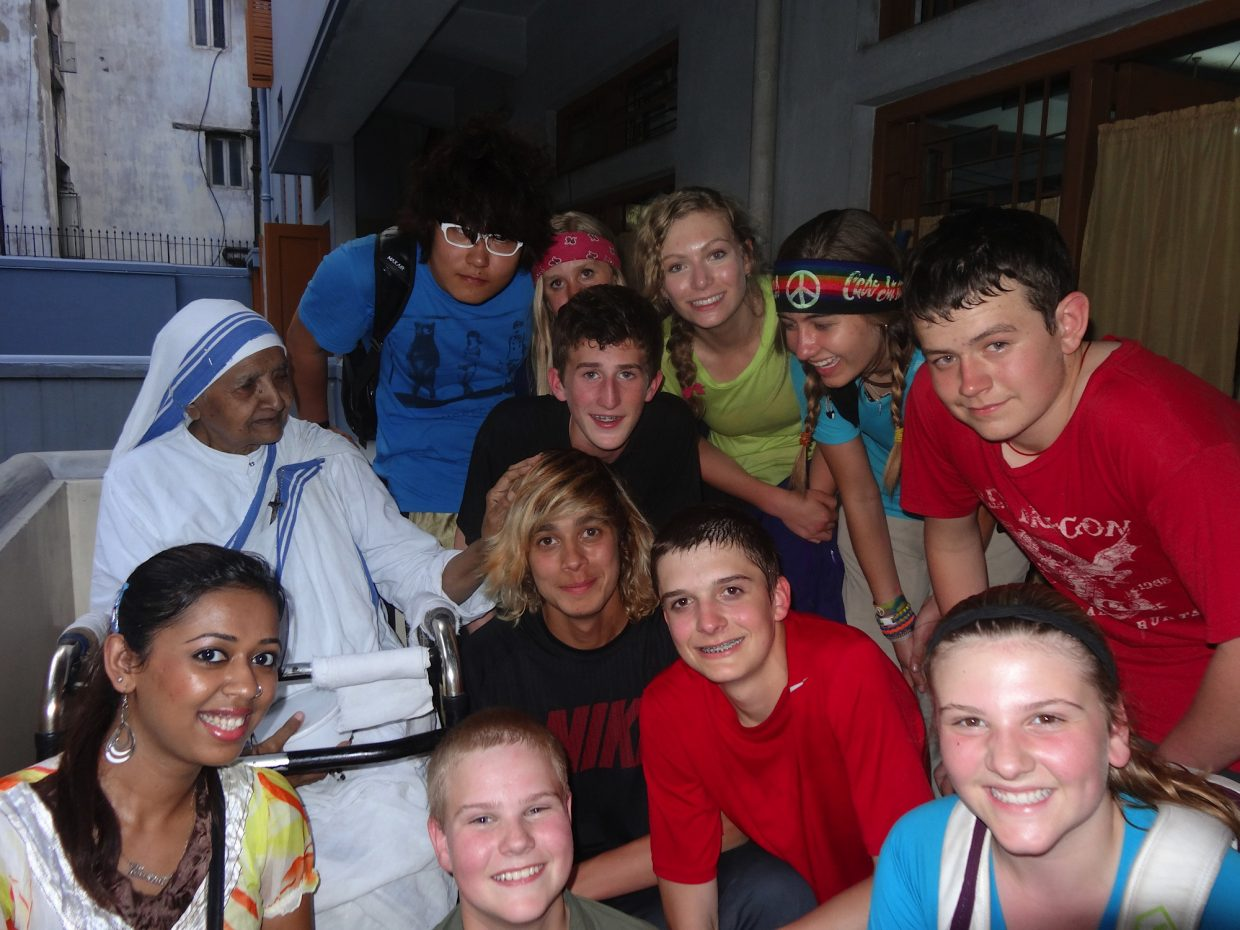 The Lowell Whiteman School students pose at Mother Teresa's Hospital in Calcutta.