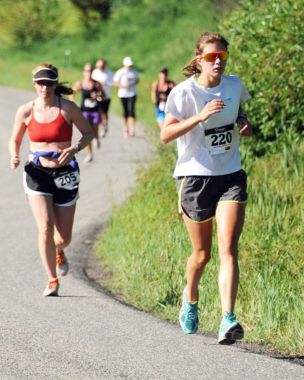 Cara Piske leads a pack of runners in the Mountain Madness race in Steamboat Springs.