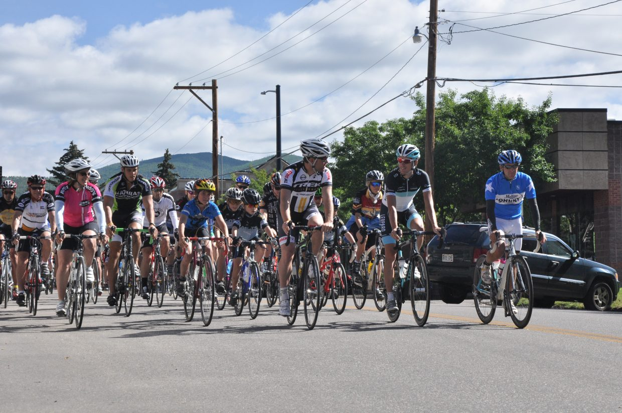 Andy Schleck leads a group of cyclists on a community bike ride Monday.