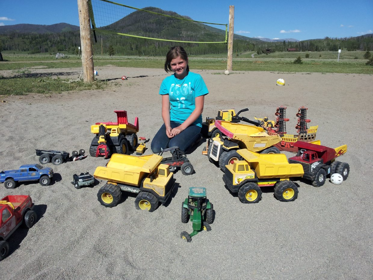 Emily, from Denver, plays with Tonka's at the Hahn's Peak Roadhouse. Submitted by: Matthew Grasse