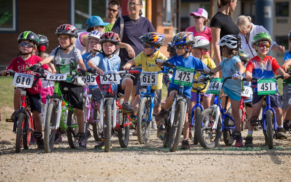 Town Challenge, 6 and under starting line. Submitted by: Scott Bideau