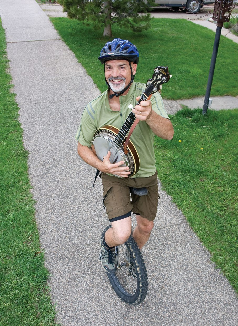 Arguably one of the best banjo players in the state, Von Wilson has played in about every bluegrass outfit in town, including local bands Quarter Moon, Ragweed and Old Town Pickers, as well as Northwest favorite Jackstraw.