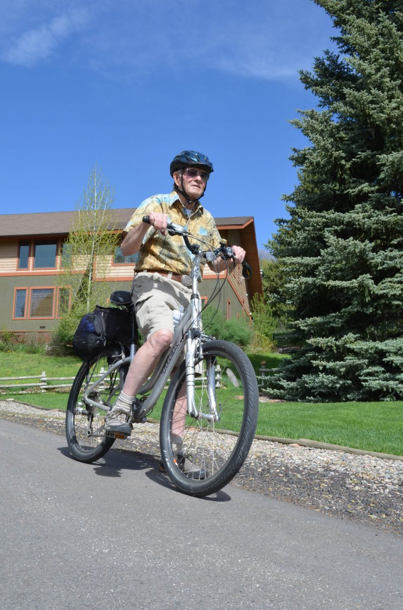 Bill Root has taken to bicycle touring and cross-country skiing since coming to the realization that his days as an expert Alpine skier were done because Parkinson's disease has reduced his sense of balance.