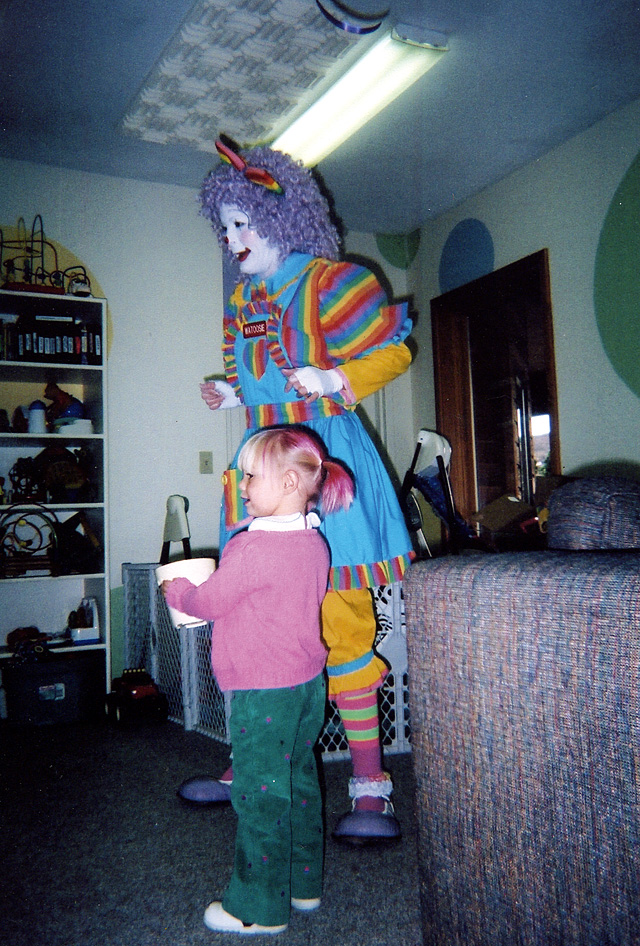 McKenna Ray with Watoosie the clown at her third birthday party last October.