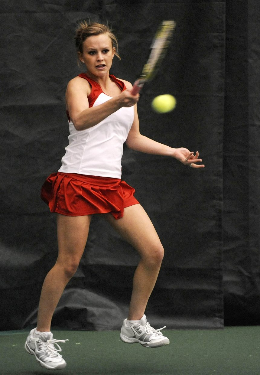 Steamboat Springs High School No. 2 tennis player Sara Bearss returns a ball during Friday's match against Air Academy.