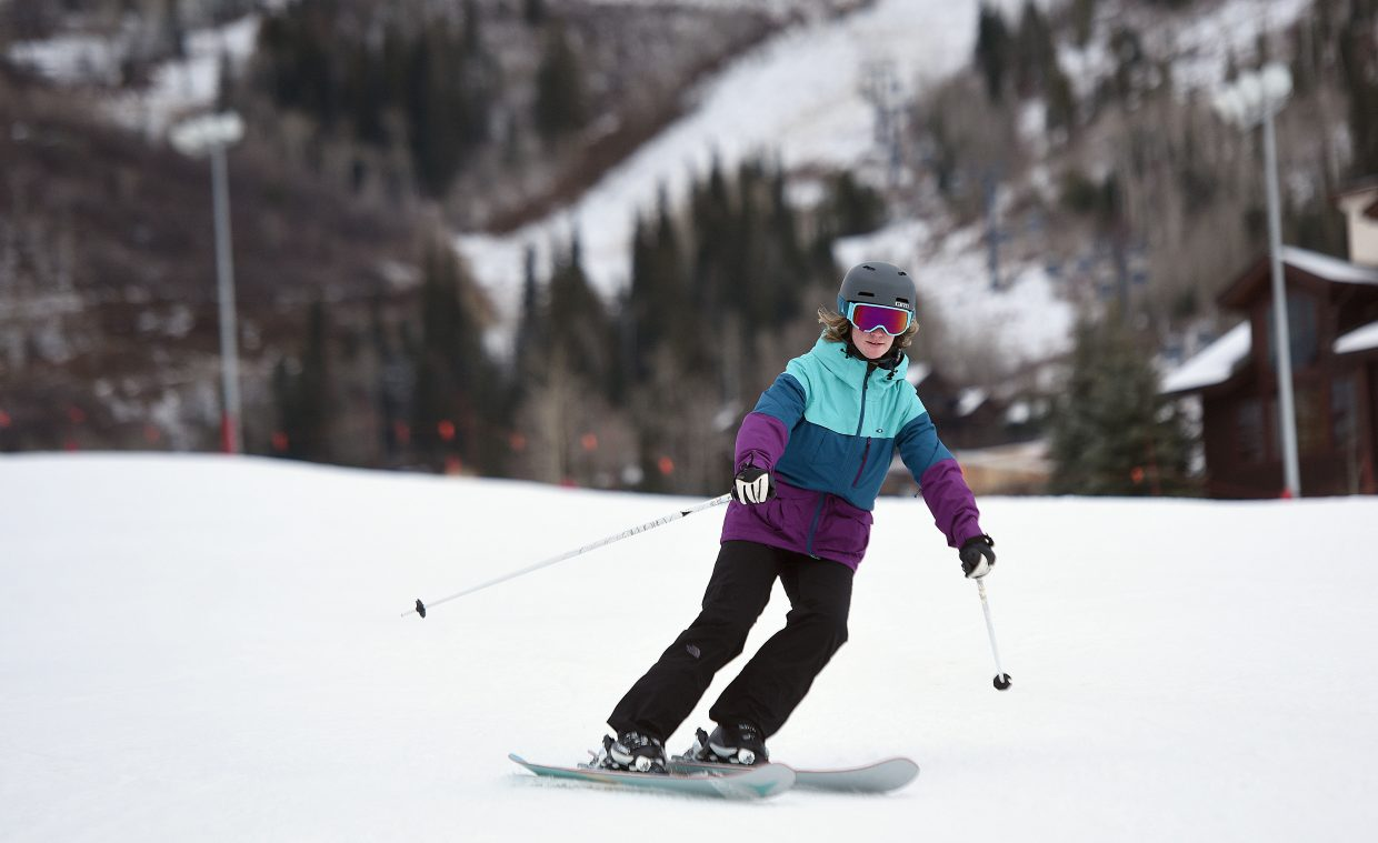 Kimberly Kazmierski makes a few turns during the first day of skiing in Steamboat Springs.