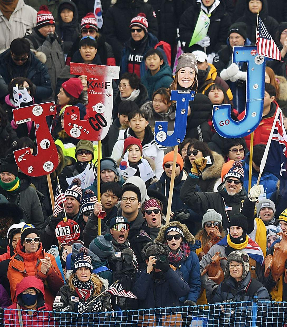 Kauf among 3 Americans to advance as women's moguls Olympic event