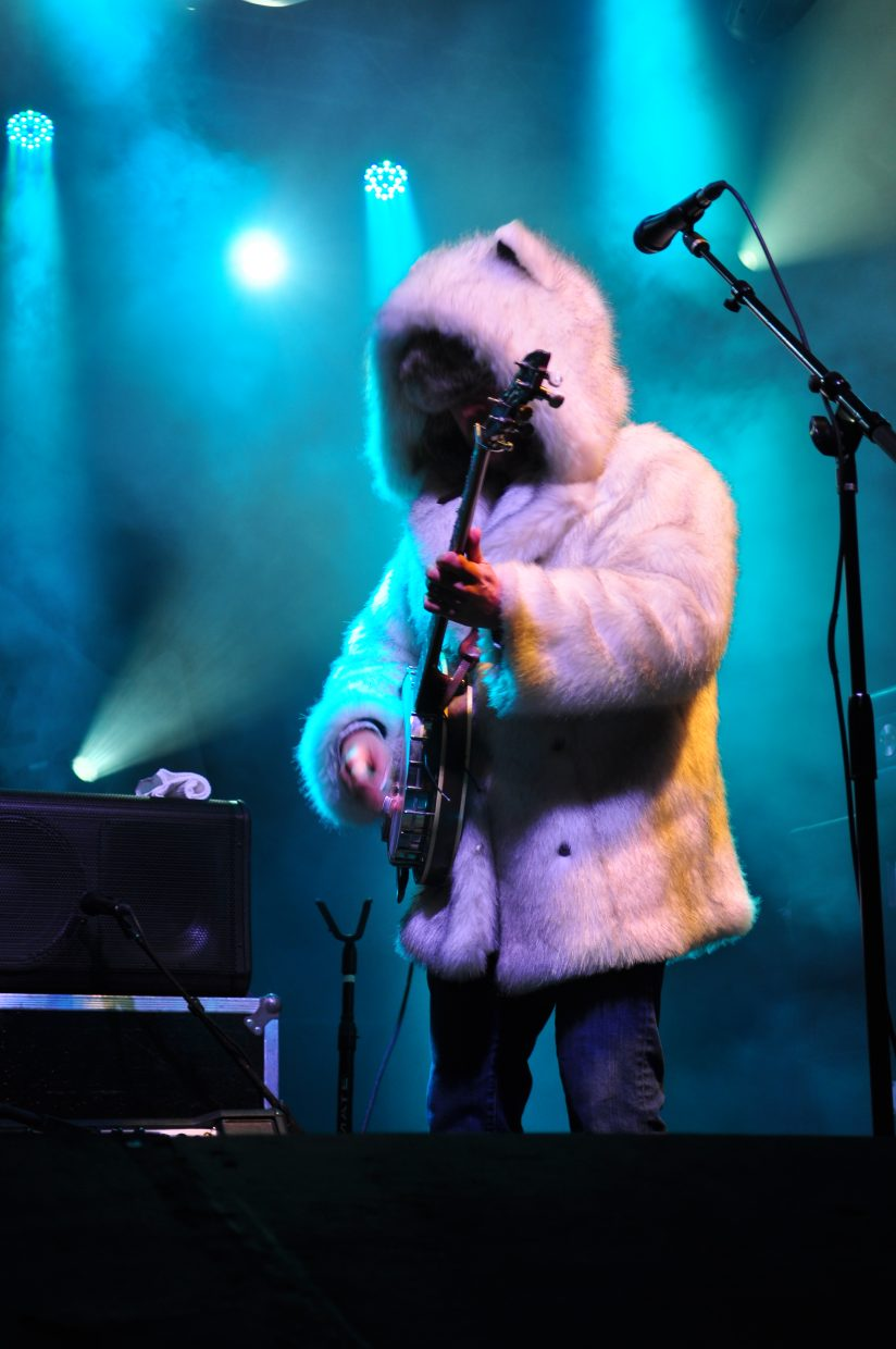 Leftover Salmon's Andy Thorn bundles up for some banjo picking during Sunday's final show of WinterWonderGrass in Steamboat Springs.