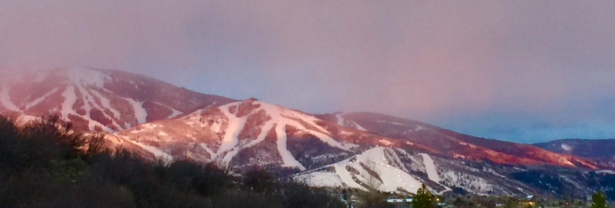 A shot of the alpine glow on Mount Werner.