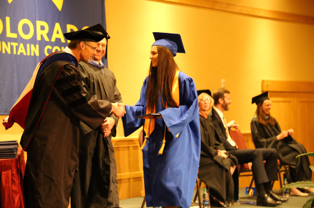Many news agencies have done stories on students who have graduated college before graduating High School. Steamboat has one better. Whitney Couchoud graduated last month from CMC with her AA with Phi Theta Kappa Honors a month before graduating High School A YEAR EARLY! Last school year she was a Sophomore, playing in the JV Volleyball team and as always, in the class of 2019! This school year she was a Junior the first semester and a Senior this past semester and now, walking with the class of 2018. She will be attending CU Boulder in the Honors Program this fall. When she moves into the dorms on August 19th she will still be just 17. Turning 18 in Sept 1 Making her the youngest to accomplish to graduate college before graduating high school. She Graduates from Steamboat Springs High School June 2nd.