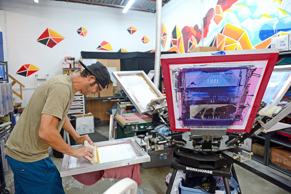 Ohana T-shirt printing party to benefit Trail Maintenance Endowment Fund