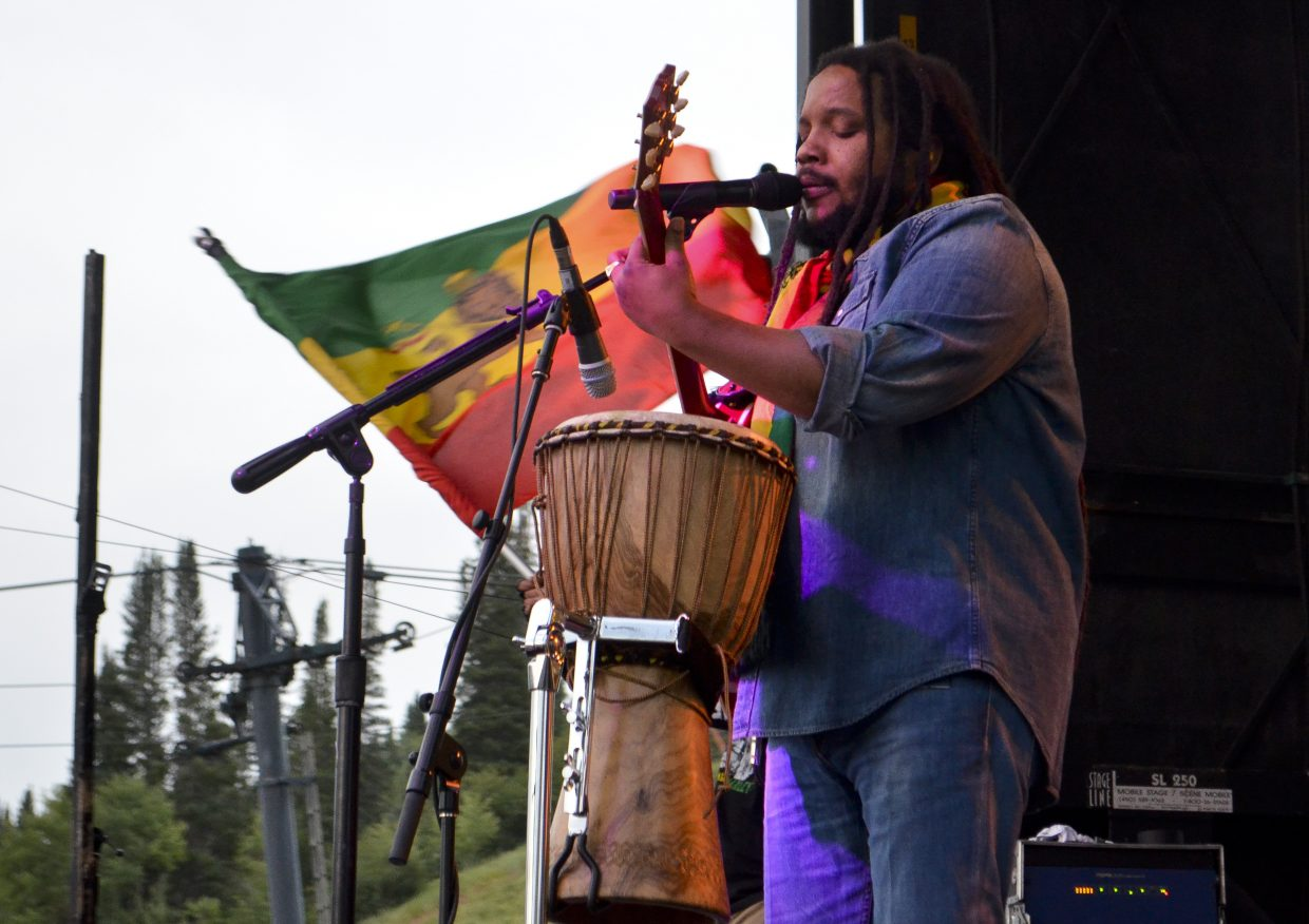 Stephen Marley and his band spread the vibes to a packed audience at Howelsen Hill Amphitheater in Steamboat Springs at the Free Summer Concert Series show on Saturday