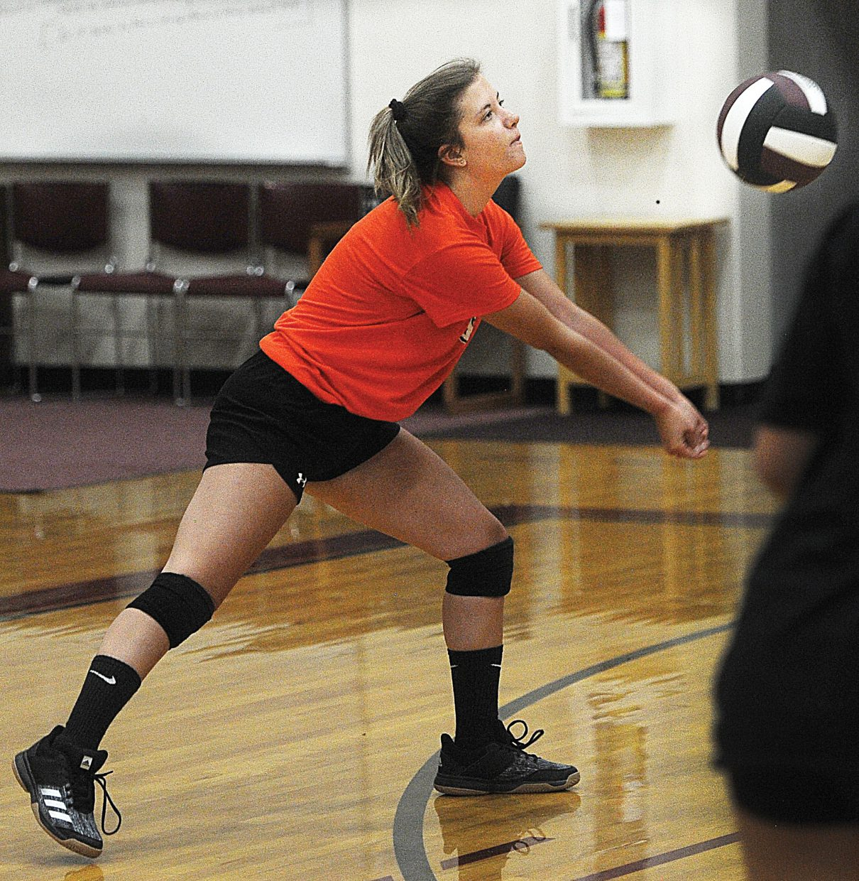 Senior defensive specialist Katie Olinger digs a ball at practice at Soroco High School on Aug. 22. Olinger is hoping her team can earn a playoff berth this season.
