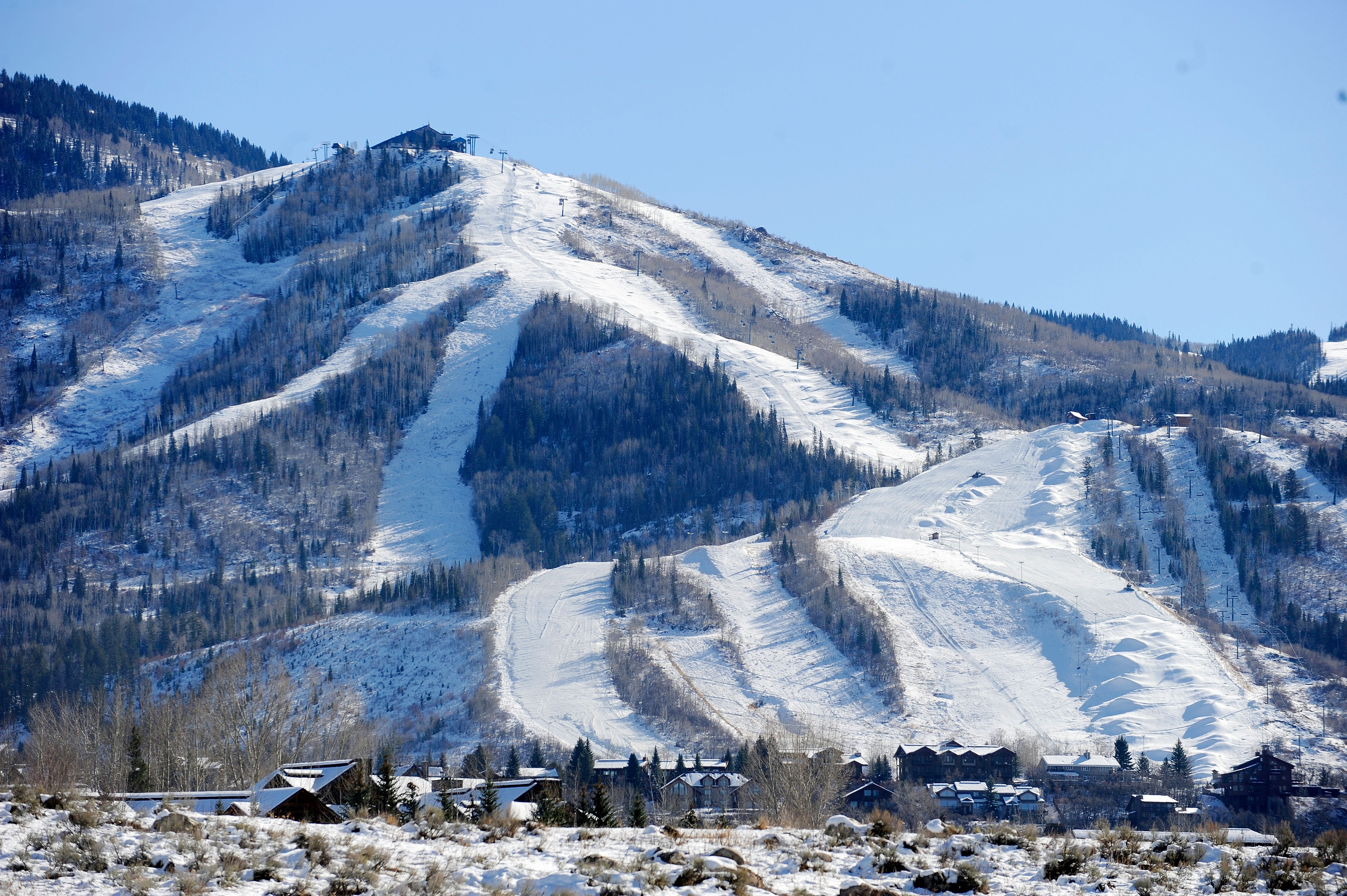 cold weather allows steamboat resort to break snowmaking records