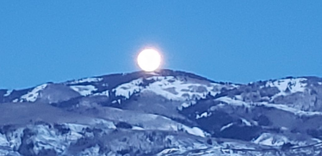 Beautiful full moon on the Spring Equinox.