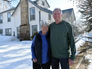 Ranchers, environmental educators Betsy and Geoff Blakeslee say goodbye to Carpenter Ranch after 23 years