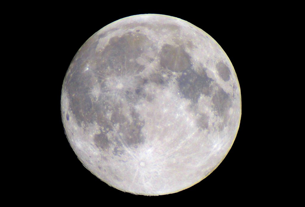 Blue Sky Full Moon But Not Blue Moon >> Celestial News May S Full Moon Blue Or Not Steamboattoday Com