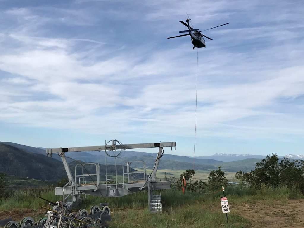 What Black Hawk Said Long Ago I Loved >> Need A Lift Black Hawk Helicopter Helps With Gondola Construction