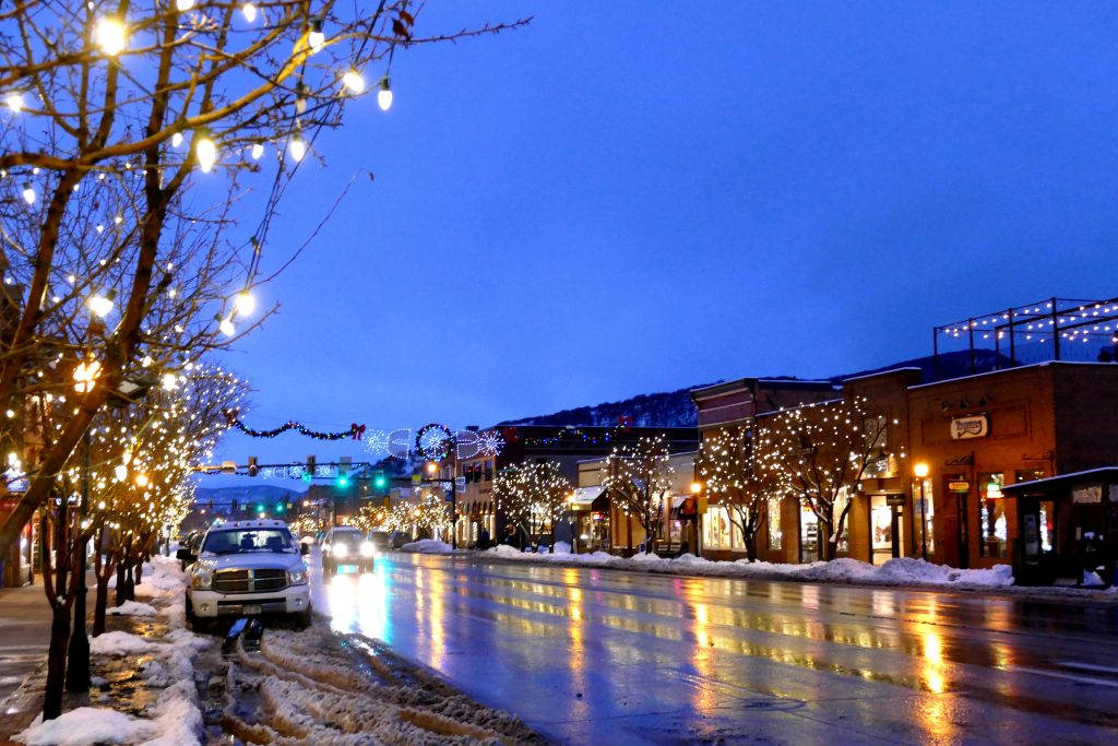 It has been a snowy and slushy down in Steamboat Springs today. Here's a shot of Lincoln Avenue this evening, in downtown Steamboat Springs.