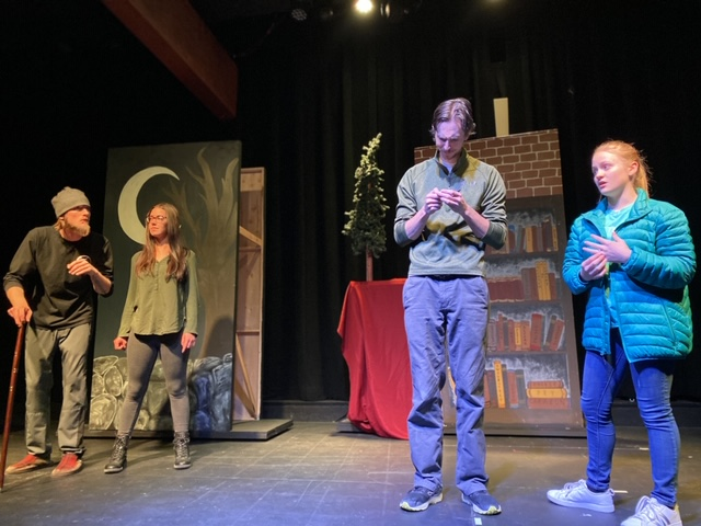 Chief Players Shine In A Dickens Christmas Carol Steamboattoday Com