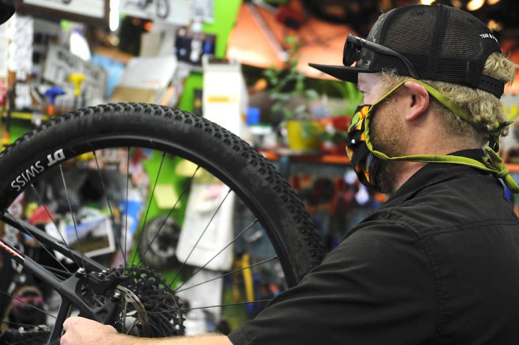 Break in the chain: Bike shops, manufacturers work to keep up with demand amid supply crisis