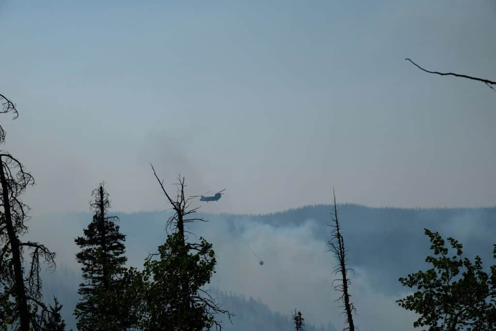 Middle Fork Firefighting Helicopter - Sept 7th 2020 - View from Luna Lake Trail