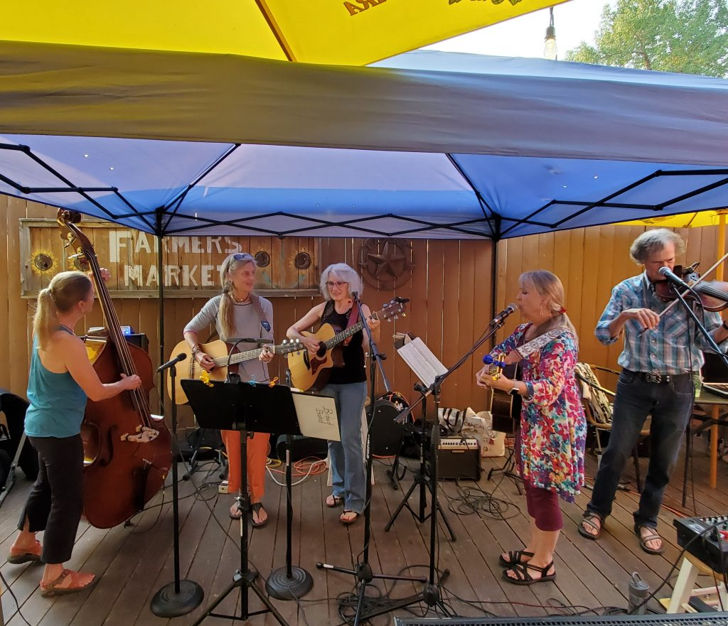 The Broadband with Randy Kelly on fiddle at Taco Cabo